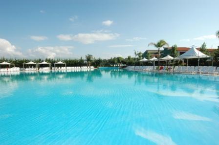 piscina minerva.JPG