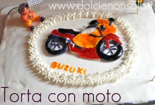 torta con moto.jpg