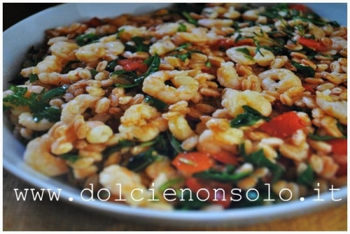 insalata di farro e gamberetti