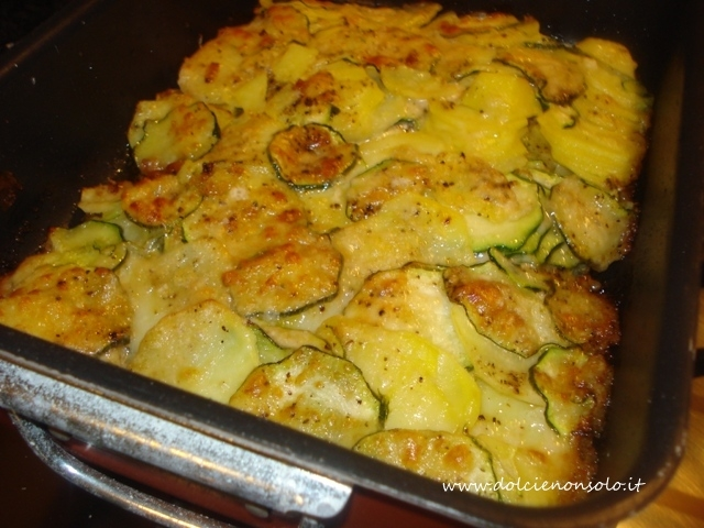 Patate e zucchine al forno dolci e non solo for Cucinare zucchine al forno