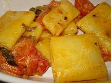 paccheri con pomodorini al forno